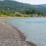 Λίμνη, Βόρεια Εύβοια η παραλία στον οικισμό Σηπιάδα.