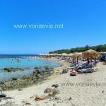 Λιχαδονήσια Εύβοιας παραλία της Μονολιάς.