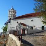 Κοκκινομηλιά Εκκλησία Άγιος Ταξιάρχης.