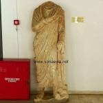 Αρχαιολογική Συλλογή Αιδηψού Άγαλμα ιμιατιοφόρου άνδρα 2ου - 3ου αιώνα μ.χ.
